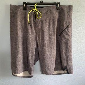 "lululemon athletica Gray El Current 9"" Shorts 40"
